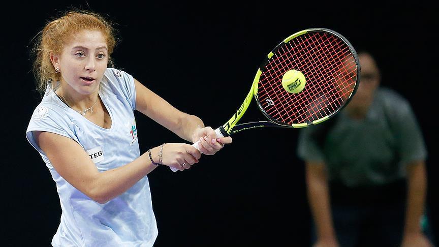 Milli tenisçi  çiftlerde şampiyon oldu!
