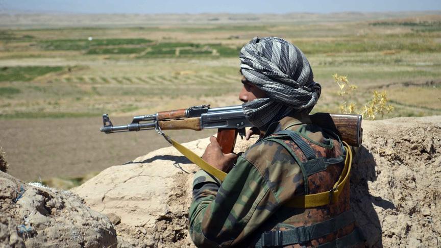Taliban ile DEAŞ çatıştı: 19 ölü! Yer Afganistan