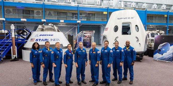 NASA ilk ticari insanlı uzay uçuşlarının astronot kadrosunu açıkladı
