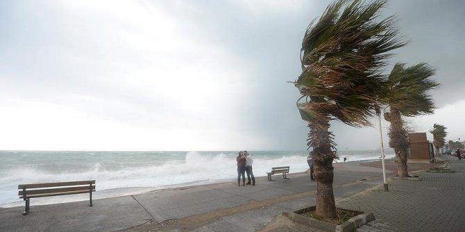Meteorolojiden kritik Karadeniz için şiddetli yağış uyarısı