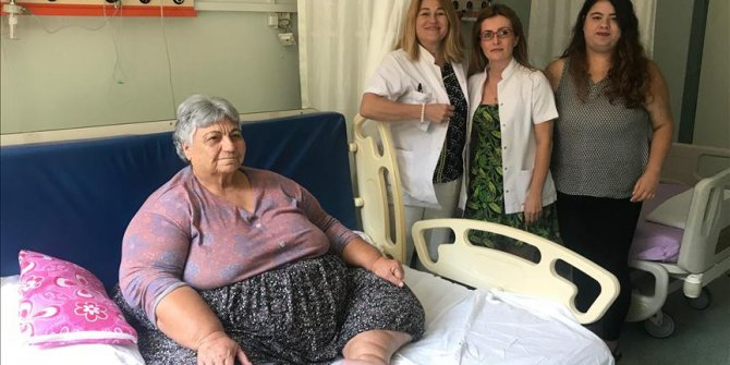"""Süper obez"" babaanne torunu sayesinde 14 kilo verdi!"