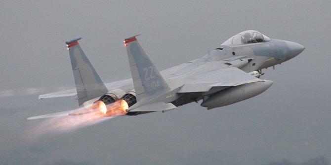 Havalimanından uçak çaldı! Savaş jetleri peşine düştü
