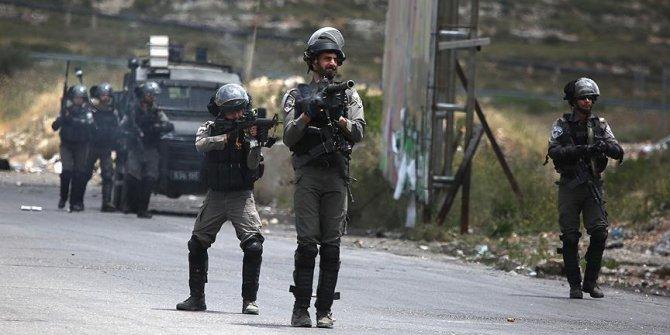 İsrail askerleri Gazze sınırında bir çocuğu yaraladı