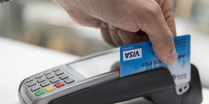 Kredi kartı ve kredi vadelerinde yeni dönem Resmi Gazete'de!