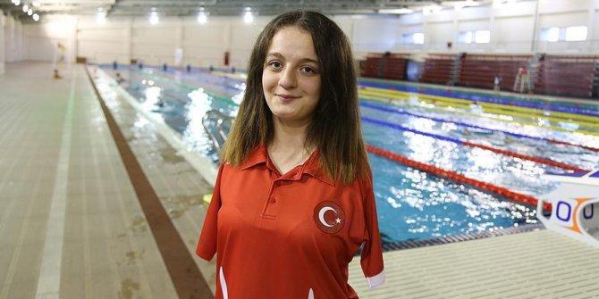 Erdoğan'dan şampiyon yüzücü Boyacı'ya tebrik