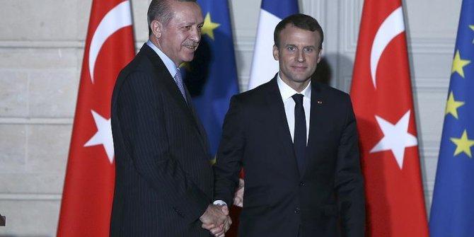 Başkan Erdogan Emmanuel Macron ile görüştü!