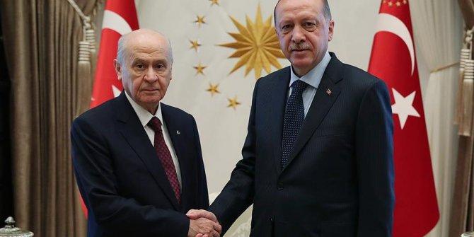 Devlet Bahçeli'den Erdoğan'a tebrik telefonu!