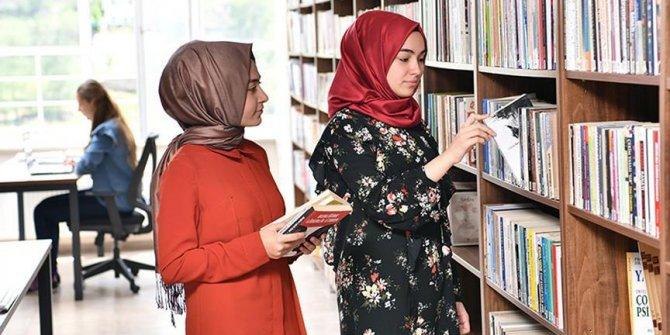 TÜRGEV'den kız öğrencilere destek