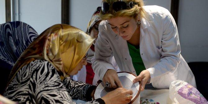 Suriyeli kadınlar meslek sahibi oldu