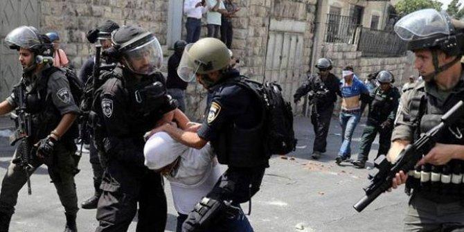 Batı Şeria'da 8 Filistinli gözaltına alındı!