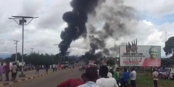 Nijerya'da akaryakıt tankeri patladı! 35 kişi hayatını kaybetti