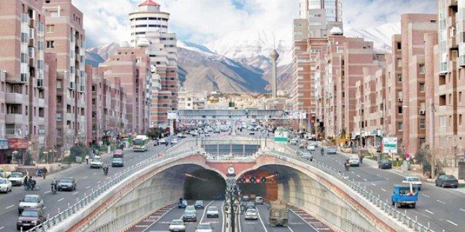 Türk müteahhitlerini İran'daki inşaat projelerine yatırım yapmaya davet etti!