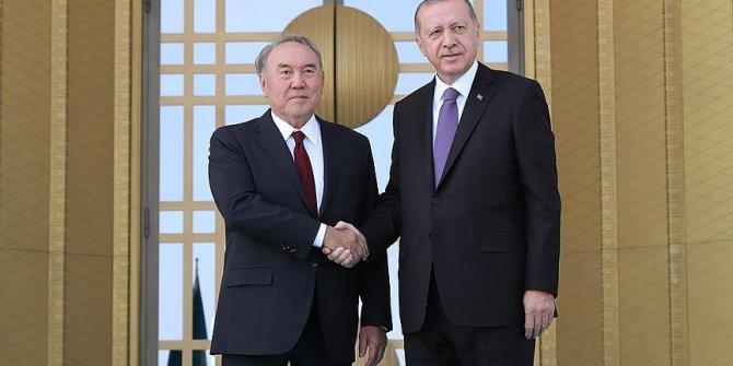 Kazakistan Cumhurbaşkanı Nazarbayev resmi törenle karşılandı!