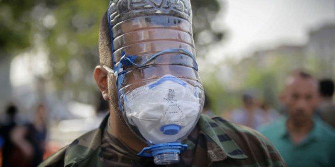İdlibli çocuklara 'el yapımı' gaz maskesi!