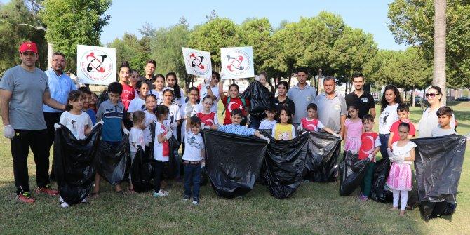 Türkmen çocuklar şehitler için fidan dikti!