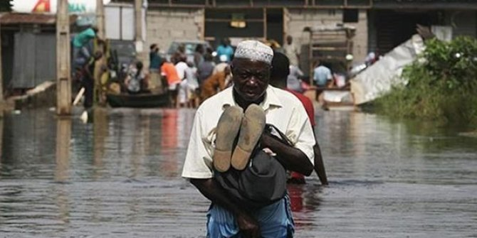 Nijeryada sel felaketi: 100den fazla kişi öldü