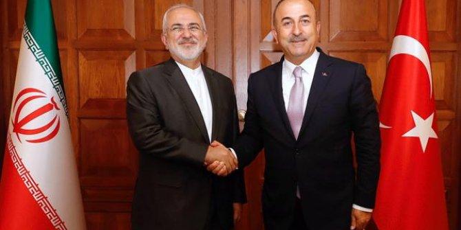 Bakan  Çavuşoğlu İranlı mevkidaşı Zarif ile görüştü!