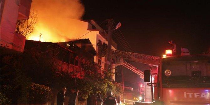 Kocaeli Derince'de Suriyeli ailenin evinde yangın: 2 ölü, 3 yaralı!