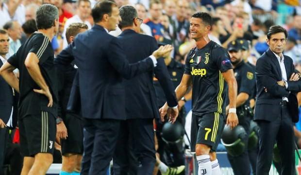 Ronaldo kariyerinde ilk kez Şampiyonlar Ligi'nde kırmızı kart gördü