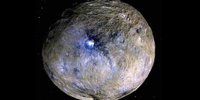 Ceres Gezegen'inde buz volkanları keşfedildi!