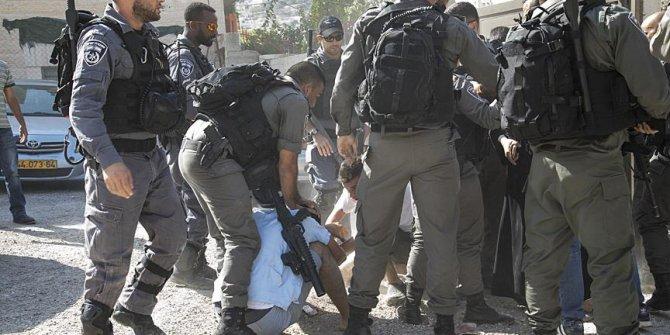 İsrail askerler yine işbaşında! 13 Filistinliyi...
