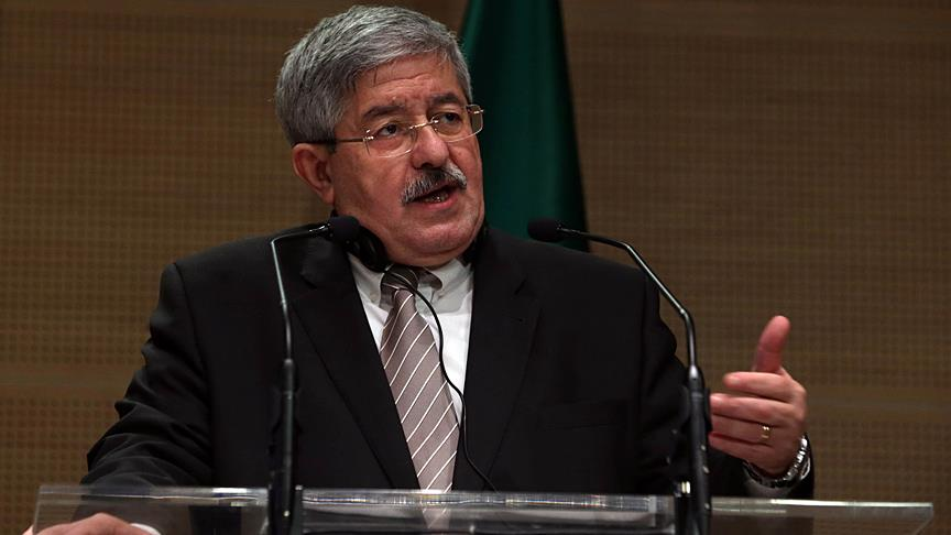 Cezayir Başbakanı Uyahya: Cezayir'de meclis feshedilmeyecek
