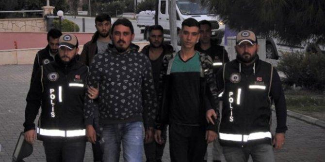 İzmir Çeşme'de 67 düzensiz göçmen yakalandı!