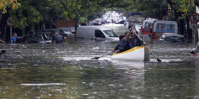 İspanya'da şiddetli yağış sonrası sel: 8 ölü