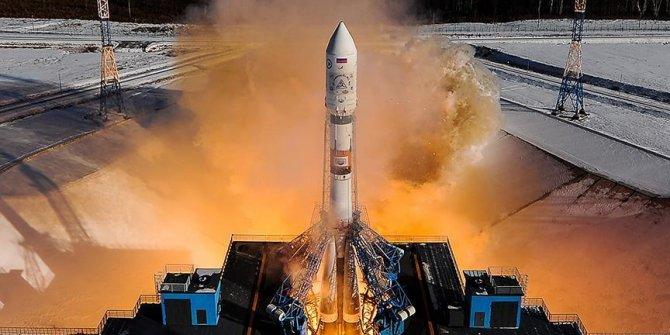Soyuz uzay aracı acil iniş yaptı