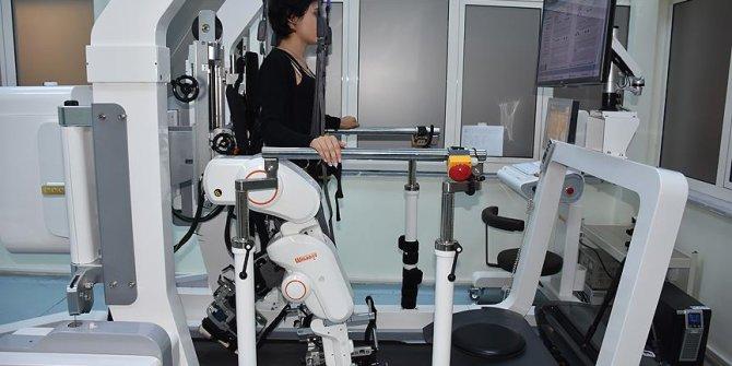 Kars'ta felçli hastalara 'robot' desteği