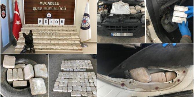 Terör örgütü PKK ağır darbe!100 kilo eroin