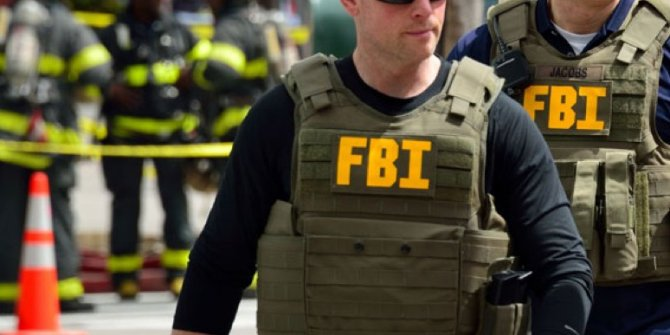 FBI Porto Riko'da belediye binasını bastı! Bazı dokümanlara el koydu