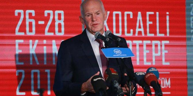 Papandreou: Türkiye hiçbir ülkenin yapmadığını yapıyor