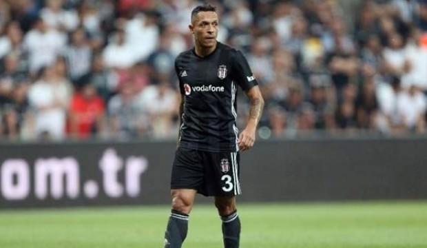 Beşiktaş'ta sakatlık şoku! Adriano...