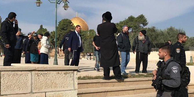 İsrailli milletvekillerinin Mescid-i Aksa baskınları devam ediyor