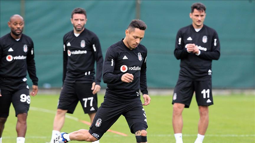 Beşiktaş'ta lige döndü