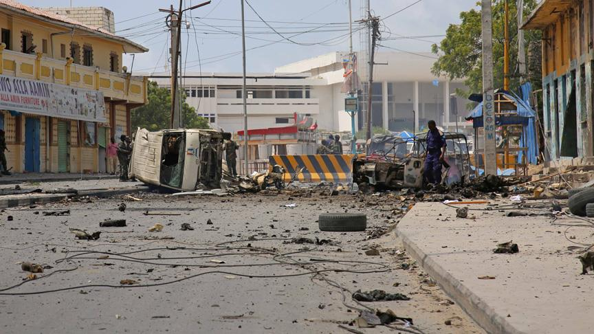 Somali'de intihar saldırısı: 12 ölü