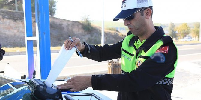 Eskişehir'de 'drift' yapan alkollü sürücüye ağır ceza...