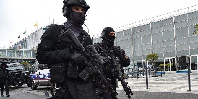 Fransa, PKK'lı teröristi Almanya'ya iade etti