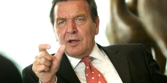 Eski Almanya Başbakanı Berlin'e farklı müttefikler arayışına girme çağrısı yaptı!