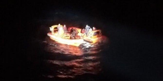 Muğla'da göçmenleri taşıyan tekne battı: 1 kişi hayatını kaybetti
