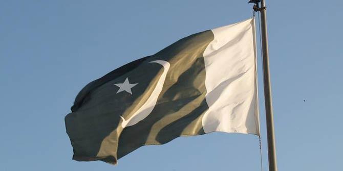 Pakistan hükümetinde bir istifa daha