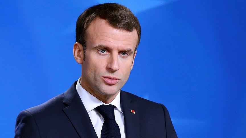 Macron'dan asgari ücrete zam açıklaması