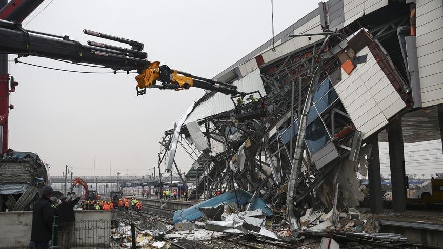 Tren kazasının görüntüleri ortaya çıktı - video izle