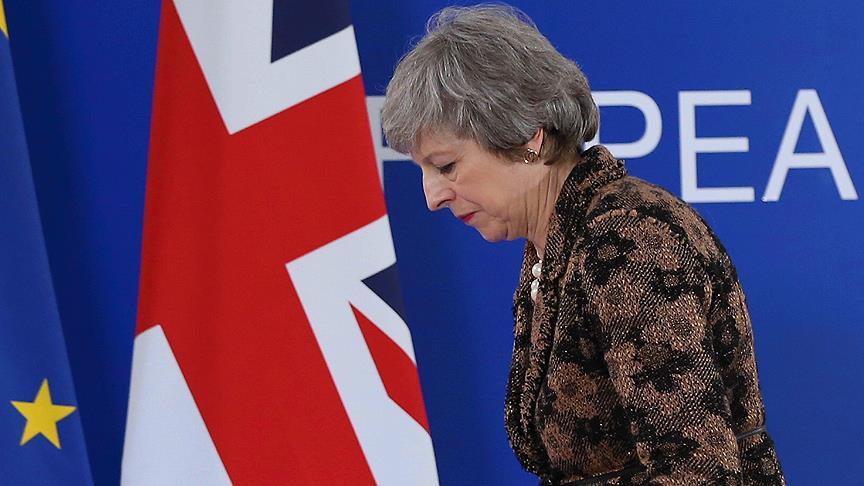 İngiltere'de muhalefetten May hakkında güvensizlik önergesi
