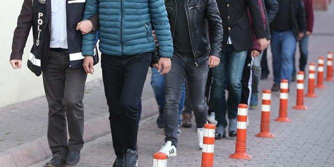 İzmir'de FETÖ operasyonu: 11 gözaltı