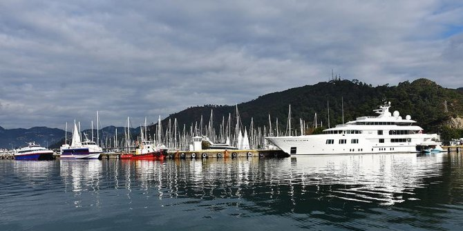'Lady E' Marmaris Limanı'na bağlandı