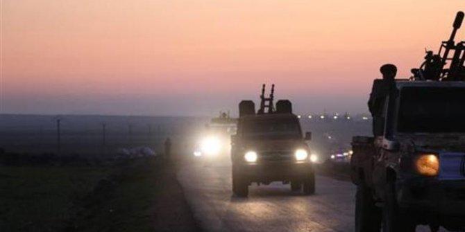 Son dakika: ÖSO zırhlı birliklerle sınır hattına sevk ediliyor…
