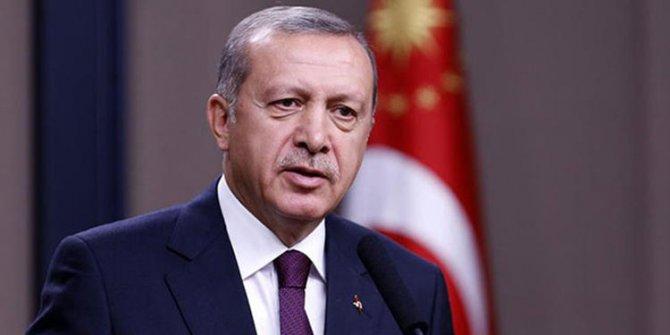 """Mehmet Akif'i düşünceleriyle, dünya görüşüyle, güç karşısındaki asil duruşuyla geleceğe taşımalıyız."""" !"""