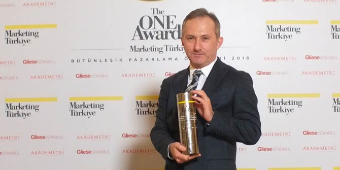 """The One Awards'den Sürat Kargo'ya """"Yılın İtibarlısı"""" Ödülü"""